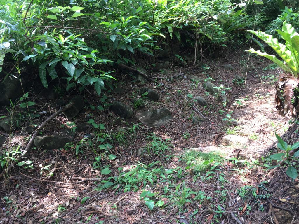 久米島一目立たない城、塩原城に作られた排水溝