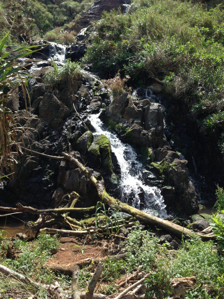 久米島タチジャミ付近の滝